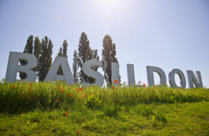 Hollywood-Style Basildon Sign